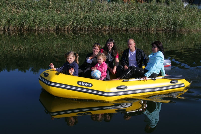 купить лодку для семьи